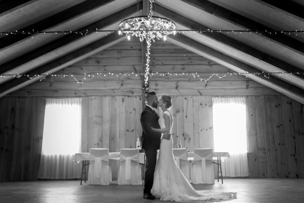 grange rouge- mariage-photographe-vintage