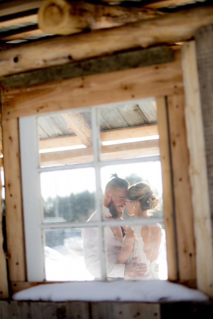 converse-vintage-mariage d'hiver-tatouage-hiver-photographe